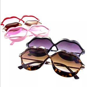 fdd9f39c2820 ... KISS Lens Lips Frames Fashion Sunglasses Black ...